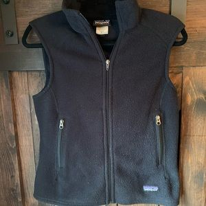 Patagonia vintage black synchilla vest